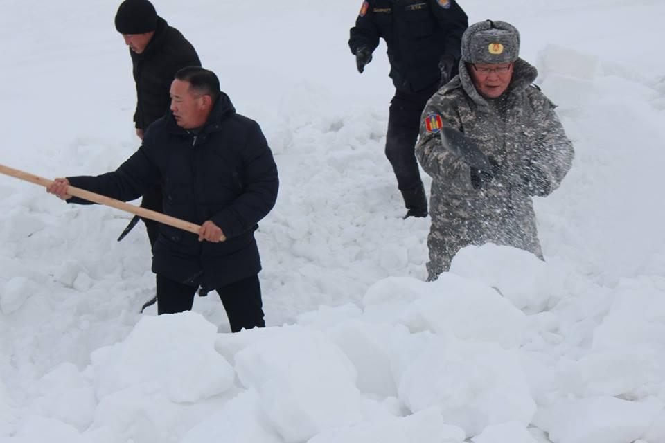 Монгол Улсын Шадар сайд Ө.Энхтүвшин