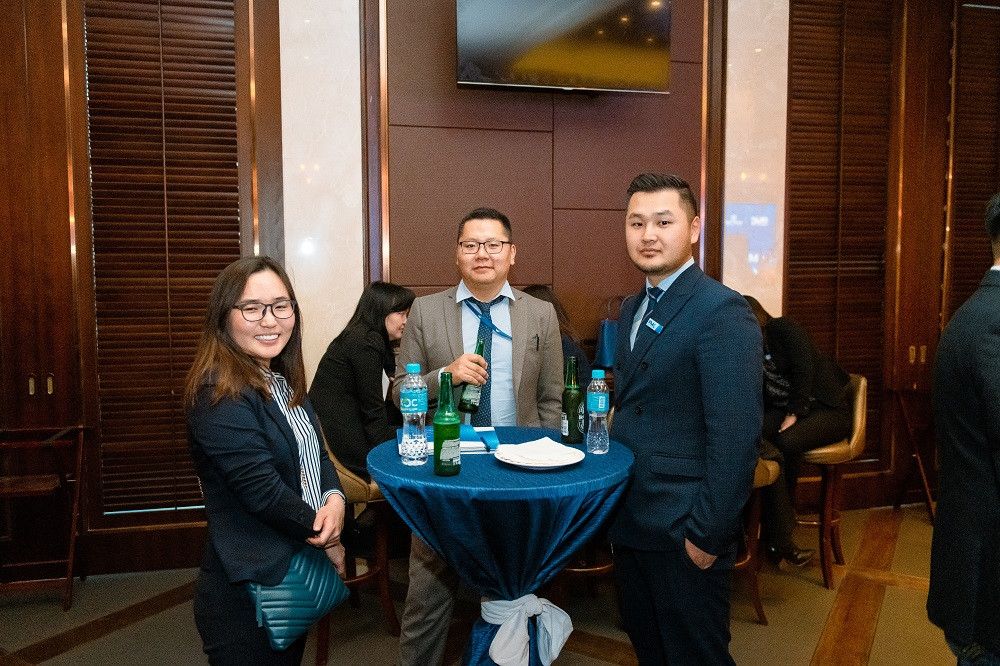 jpg-125-154621-1297207531 Голомт банк Монгол Улсын эдийн засгийн хөгжлийг тодорхойлогч 1000 гаруй ААН, тэдгээрийн удирдлагуудад зориулан бизнес форумыг зохион байгууллаа