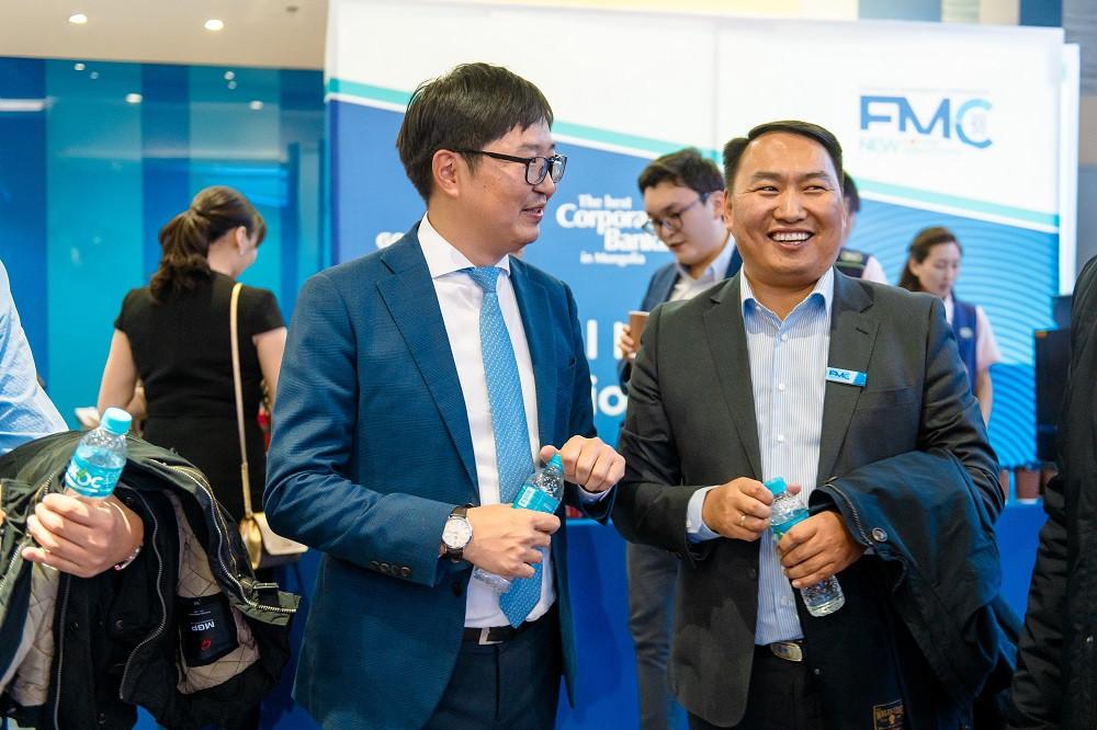 jpg-48-154607-1706502990 Голомт банк Монгол Улсын эдийн засгийн хөгжлийг тодорхойлогч 1000 гаруй ААН, тэдгээрийн удирдлагуудад зориулан бизнес форумыг зохион байгууллаа