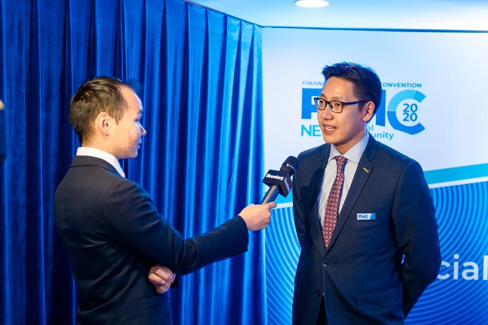 jpg-51-154608-284371295 Голомт банк Монгол Улсын эдийн засгийн хөгжлийг тодорхойлогч 1000 гаруй ААН, тэдгээрийн удирдлагуудад зориулан бизнес форумыг зохион байгууллаа