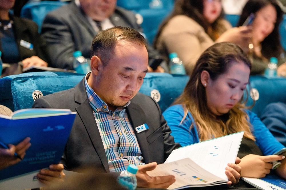 jpg-63-154611-1332567990 Голомт банк Монгол Улсын эдийн засгийн хөгжлийг тодорхойлогч 1000 гаруй ААН, тэдгээрийн удирдлагуудад зориулан бизнес форумыг зохион байгууллаа