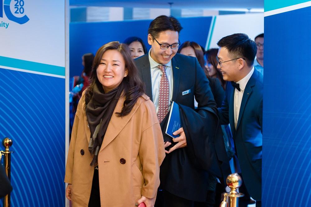 jpg-94-154614-726184470 Голомт банк Монгол Улсын эдийн засгийн хөгжлийг тодорхойлогч 1000 гаруй ААН, тэдгээрийн удирдлагуудад зориулан бизнес форумыг зохион байгууллаа