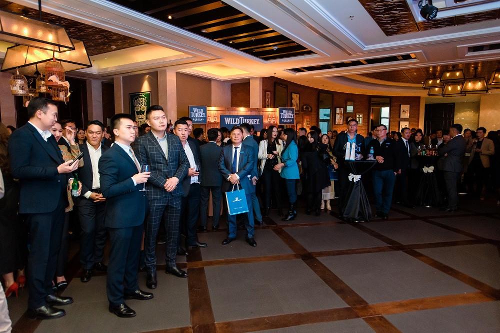 DSC_4010-154811-764233590 Голомт банк Монгол Улсын эдийн засгийн хөгжлийг тодорхойлогч 1000 гаруй ААН, тэдгээрийн удирдлагуудад зориулан бизнес форумыг зохион байгууллаа