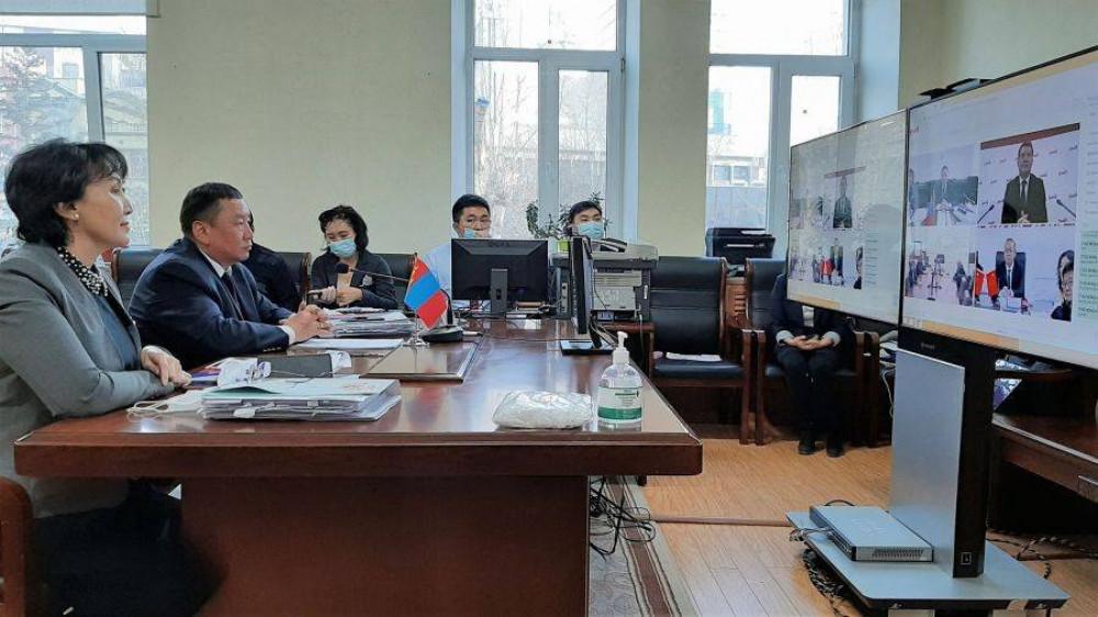 Гурван улсын төмөр замчид цахимаар хуралдаж байна
